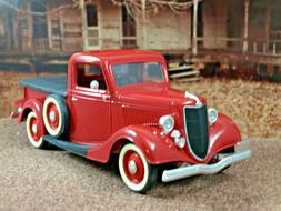 Solido 1/18 1936 Ford F Pickup Red Side Mount Spare Tonneau