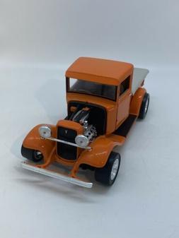 1934 Ford Pickup 1/18 Road Legends Orange Street Rod Hot Rod