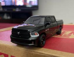 2014 Ram 1500 4x4 Blacked Out Undercover Police Unit Tonneau