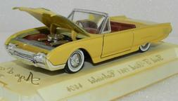 Solido De Or 1/43 #4504 Ford T-bird 1961 Rare color Tonneau