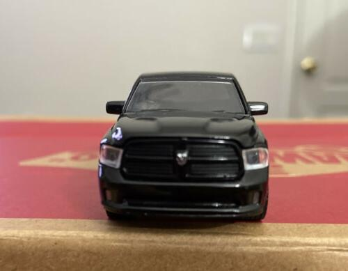 2014 Ram 1500 4x4 Blacked Out