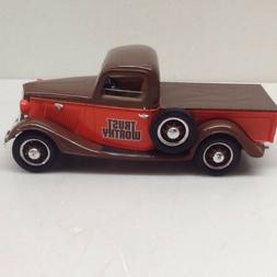 Trustworthy 1935 Ford Pickup with Tonneau Cover-Die Cast - N